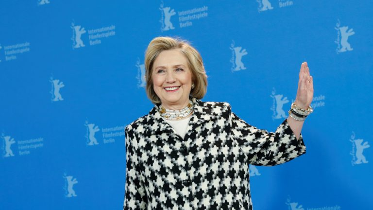 Look who's talking: Clinton called out for sudden-onset 2016 primary amnesia after telling Sanders to 'follow the rules'